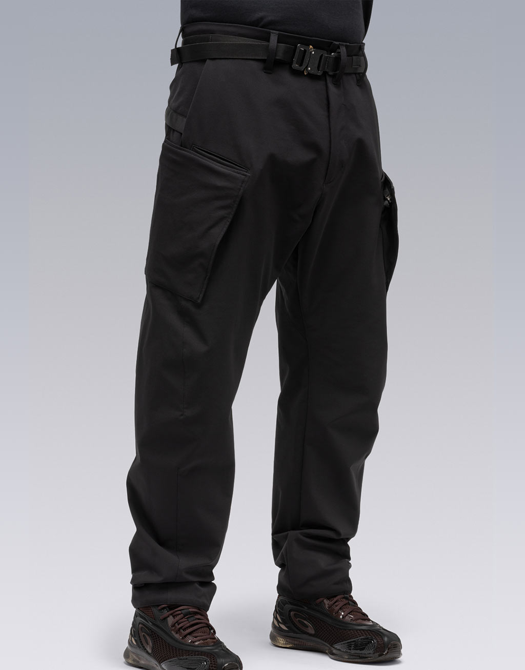best techwear pants 4